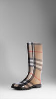 Maybe go for the classic @burberry plaid in a rain boot?